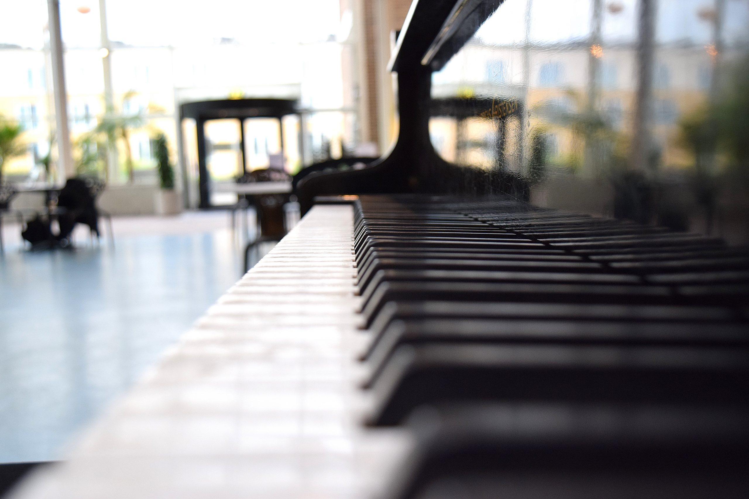 Curso de Piano para Alabanza