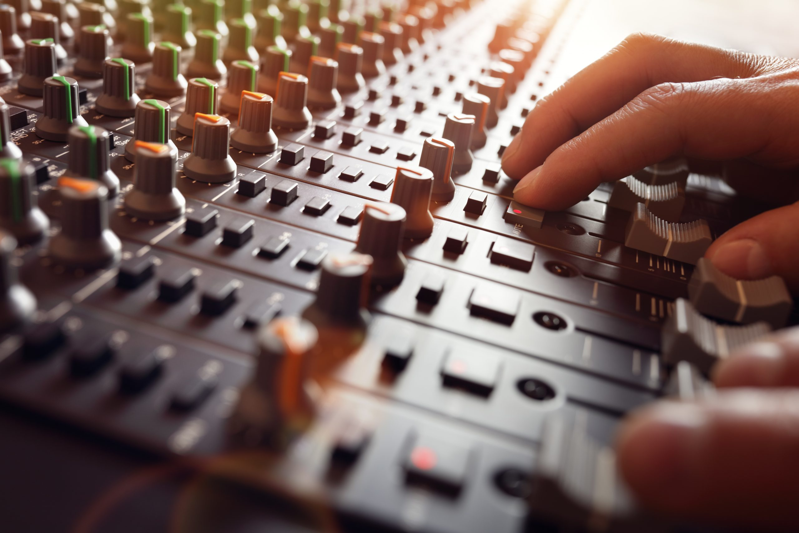 7 Pasos para Tener un Audio Adecuado en tu Iglesia