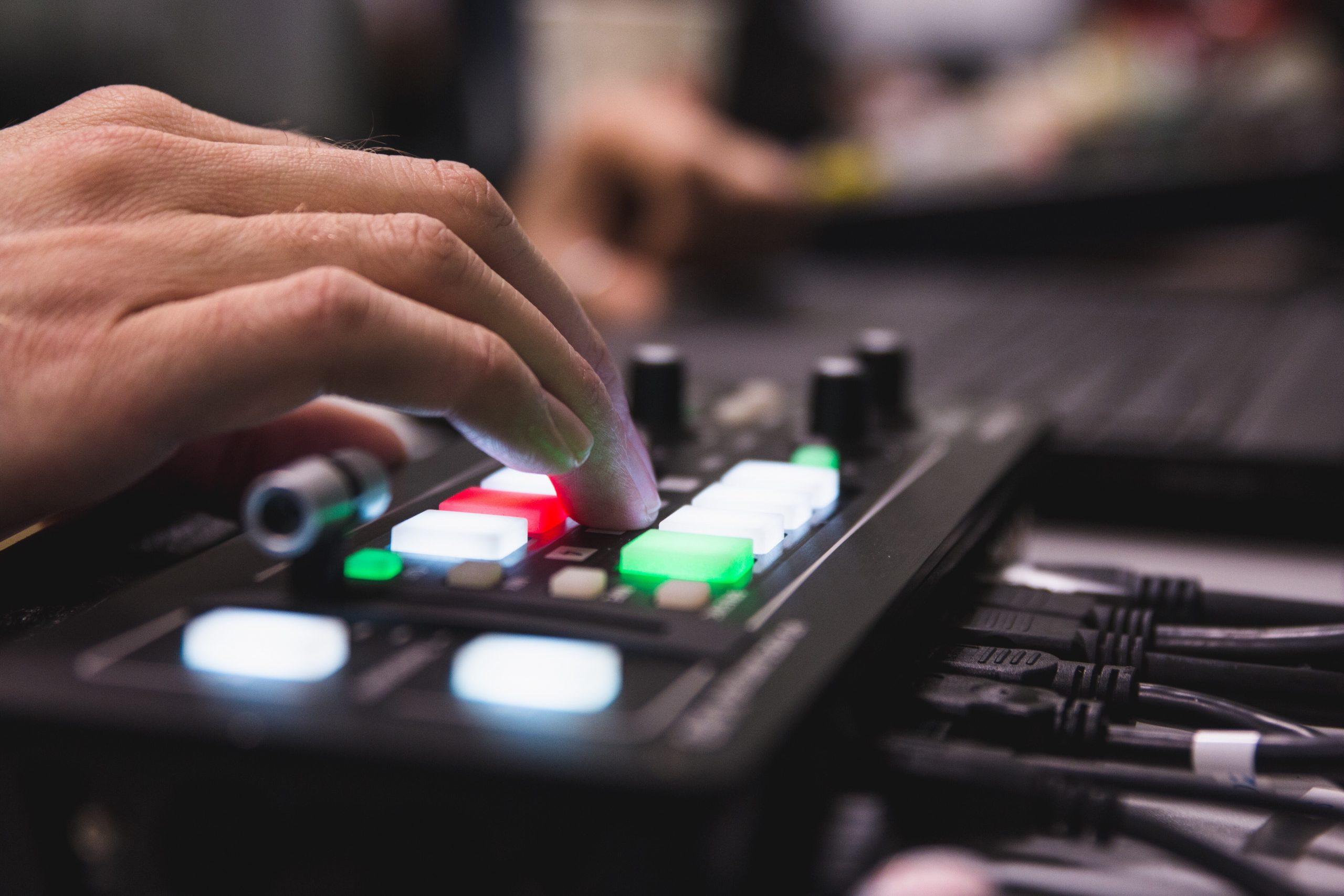Cómo transmitir en vivo con buena calidad de audio
