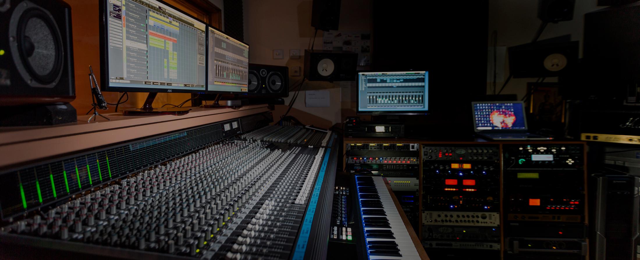 Webinar – Soluciones de Audio para Streaming y Podcast Presentado por Shure®